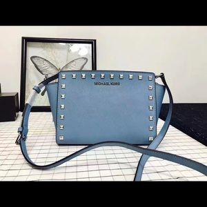 mk selma women crossbody bag